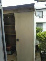 7月24日。南光台 安達様宅で、物置・ガレージシャッター撤去です。